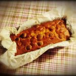 Plum cake pesche e amaretti
