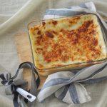 Lasagne con porri, speck cotto e mozzarella