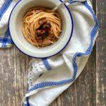 Spaghetti con sugo alle melanzane
