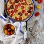 Torta rovesciata con pomodorini e pesto